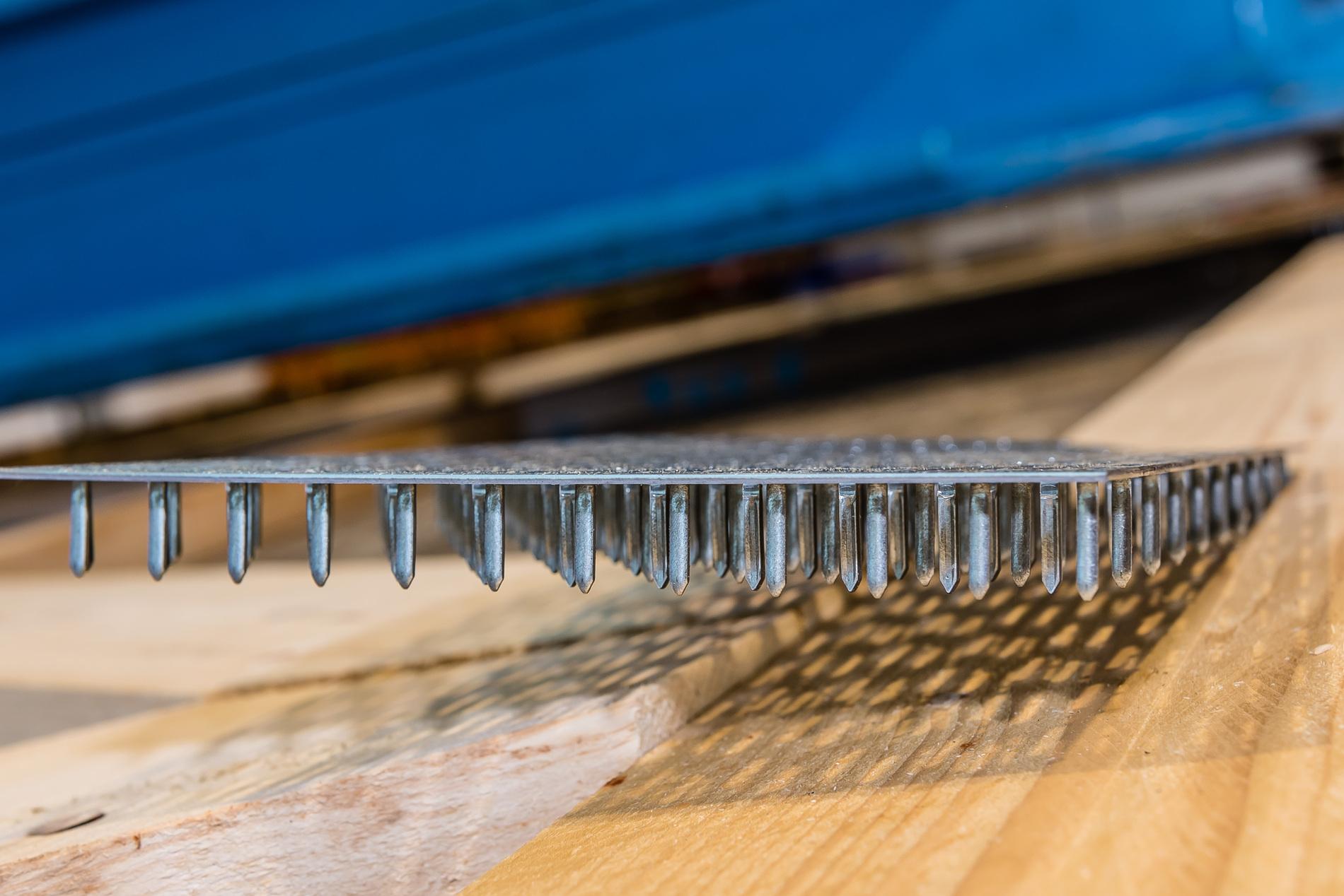 Studiobinder Nagelplatte